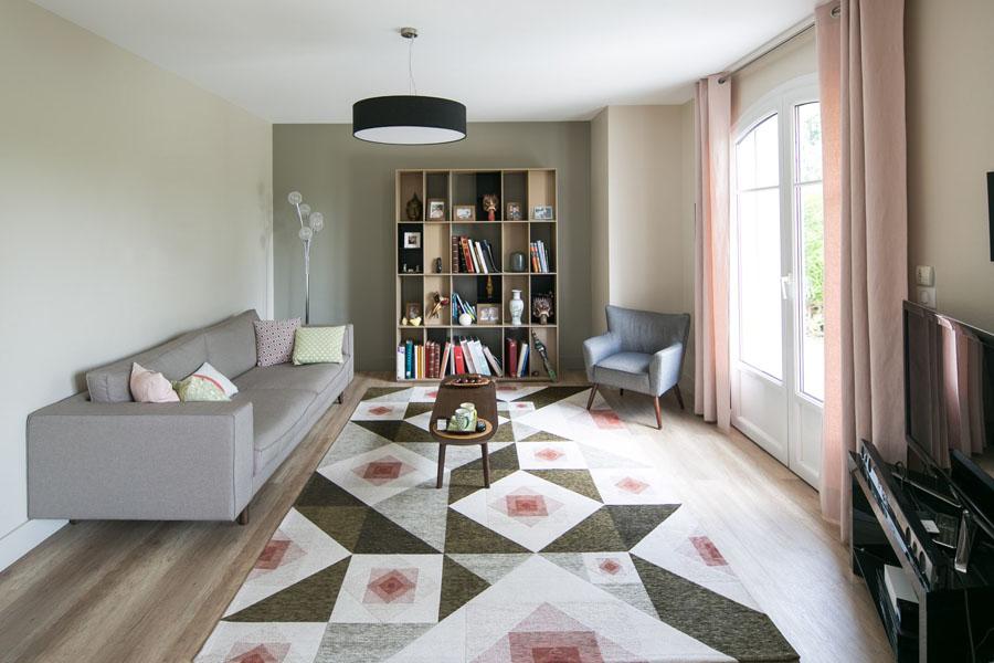 Entrée, grande hauteur sous plafond, suspension design, orange, bandeau LED, Patricia Urquiola, WINEO, Caboche, architecture d'intérieur