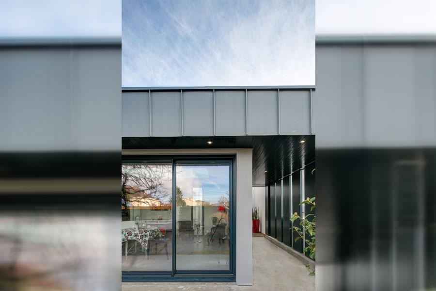 Extension Moderne, zinc, baie vitrée