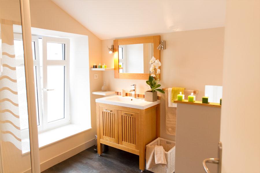 salle de bain, meuble bois